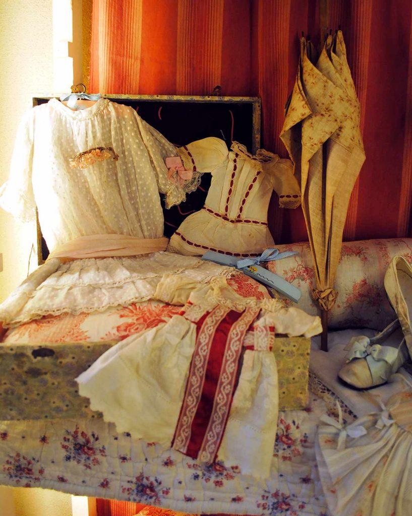 Vestiti antichi bambole