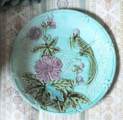 Barbotine plate salins paradise bird