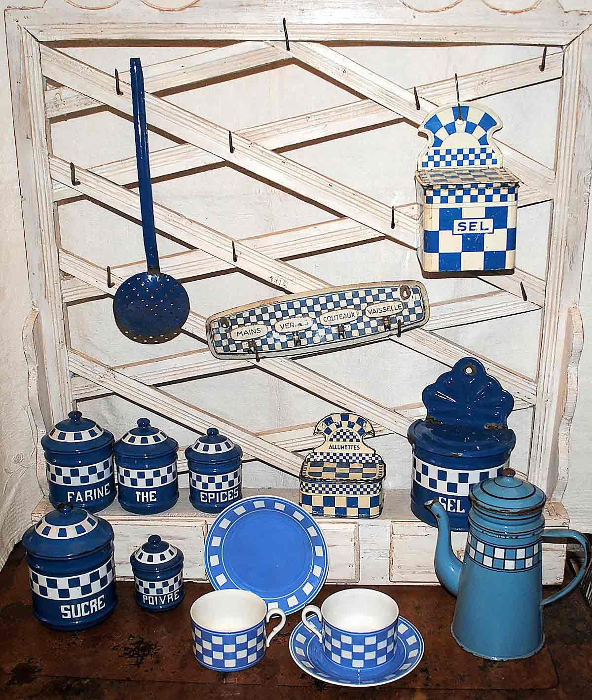 Lustucru blue selection