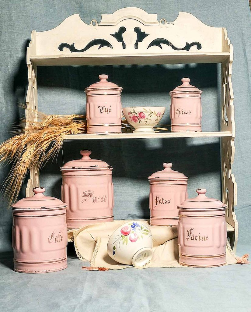 Set vasi spezie smalto francese e tazze antiche