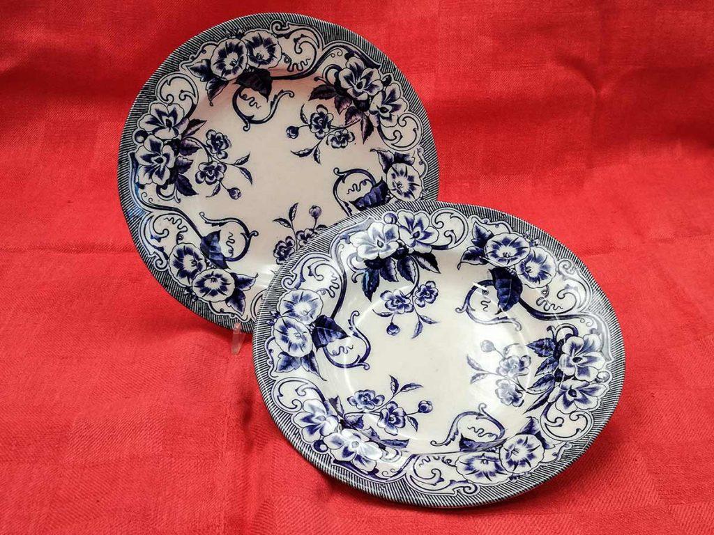 Coppia piatti con decoro blu Monterau